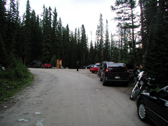 Trailhead Parking at 6:50am....just a few folks!