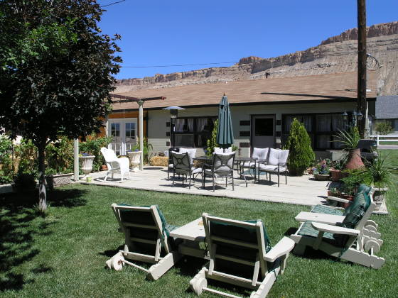The backyard of the Palisade Wine Valley Inn