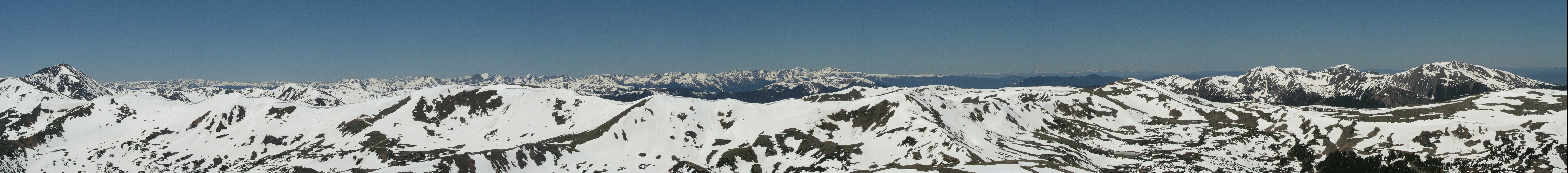 Lonny's Snowy Peak Panorama(Williams Fork Mtns in the distance)
