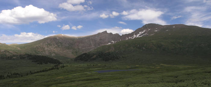 One last look back at Bierstadt from the trailhead